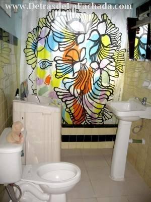 Bathroom with closet and interleaving