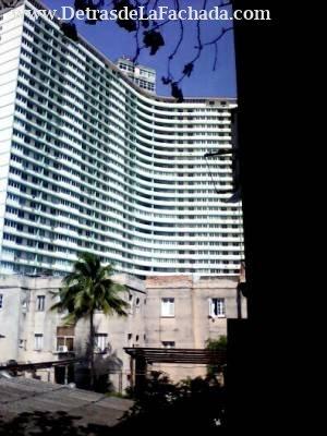 Edificio FOCSA visto desde una ventana del apartam