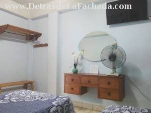 Avenida de Cespedes #651 apartamento 2 % L y M reparto Sueno. codigo postal 90900