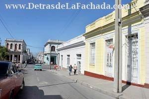 Avenida 60  # 3701 entre Paseo El Prado y calle 39.
