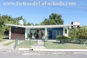 Avenida 8 # 3703 entre Paseo El Pardo y calle 39. Reparto Punta Gorda.