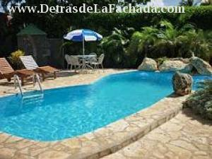 Beautiful house in cuba with pool siboney 5 bedrooms for Casas con piscina para alquilar