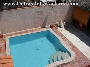 Ana de piscina alquiler de casa en miramar playa la for Casas en alquiler en la playa con piscina