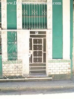 Merced nº 262 bajos, Entre Compostela y Picota,