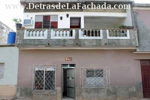Callejón del Aguacate # 361-B, entre calle Rosario y calle Desengaño.