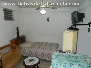 Sala de estar de la habitacion No. 1