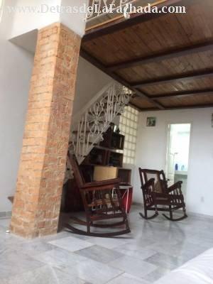 Prado 104