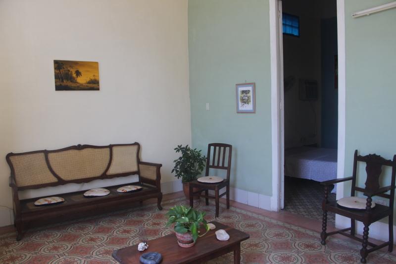 Entrada Sala Habitación