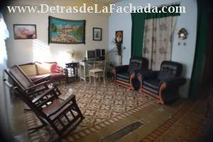 Sala de la casa, espaciosa y ventilada