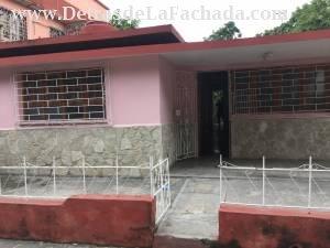 Calle Fomento 352, entre Peralejo y Angel Guerra, Holguin