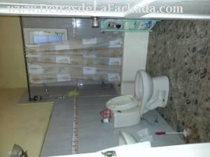 Uno de los baños planta baja