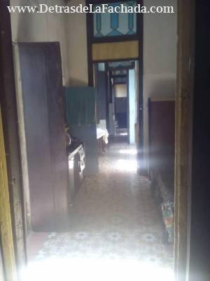 Primera habitación y pasillo de la casa