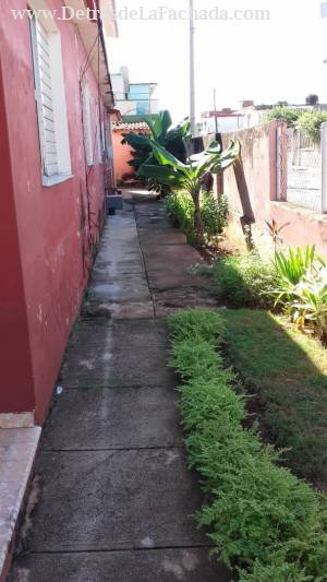 Calle Céspedes