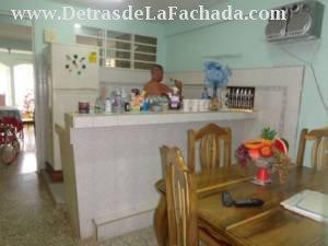 Cocina y comedor azulejado