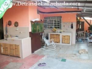 Terraza y dos lavaderos