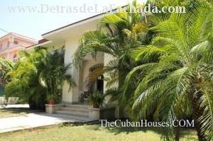 Alojamiento En La Habana Cuba 3 Dormitorios Con Aire Acondicionado